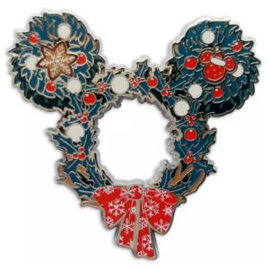Mickey Mouse Wreath Pin - Disney Store 2021 pin