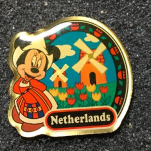 Morinaga Netherlands Minnie pin