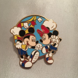 Mickey and Minnie pin