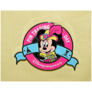 DLP - Pin Trading Day - Princesses and Pirates - Pirate Minnie pin