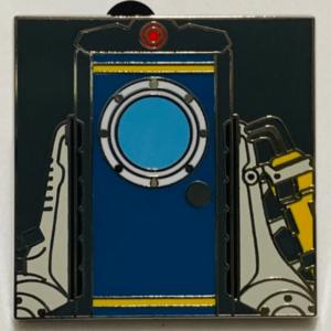 Donald Duck Door Mystery Pin pin