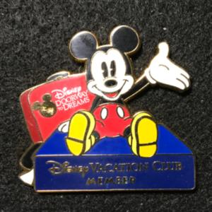 DVC Member Doorway To Dreams Mickey  pin