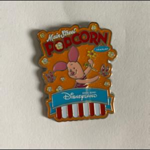 Piglet popcorn pin