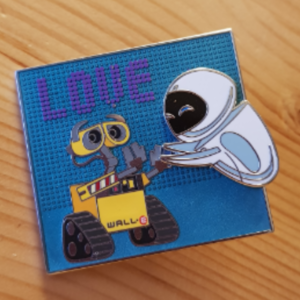 Wall-e and Eve LOVE pin