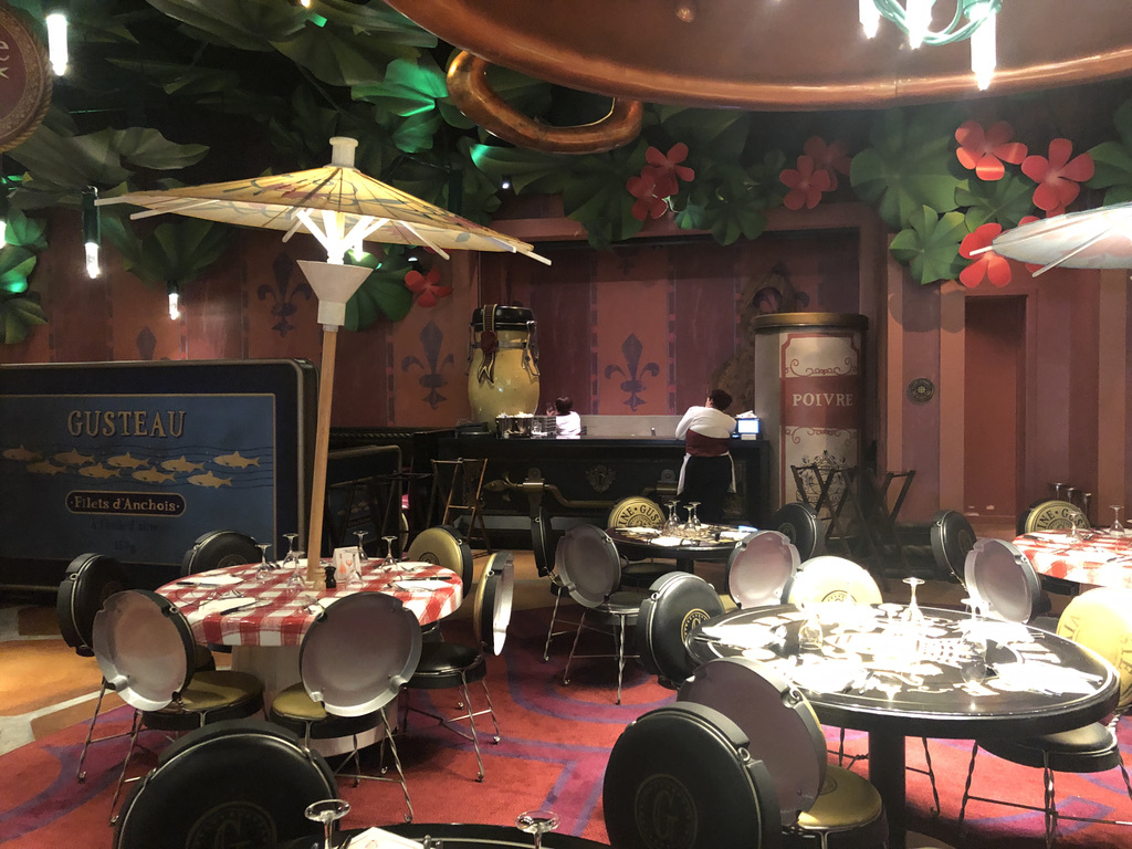 Some of the adorable theming inside Bistrot Chéz Remy