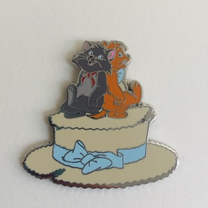 Berlioz and Toulouse on straw hat pin