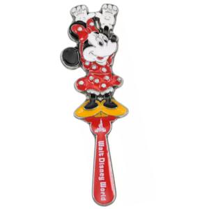 Minnie back scratcher - Walt Disney World 50th Anniversary pin