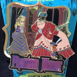 Alice in Phantomland - Queen and King of Hearts pin